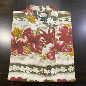 VTG Tommy Bahama Short Sleeve Shirt Floral Green Red Men Size XL NWT.